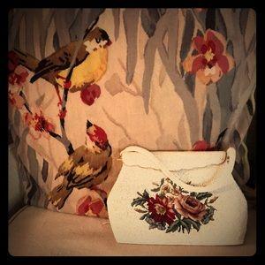 Fabulous vintage beaded &needlepoint purse WOW